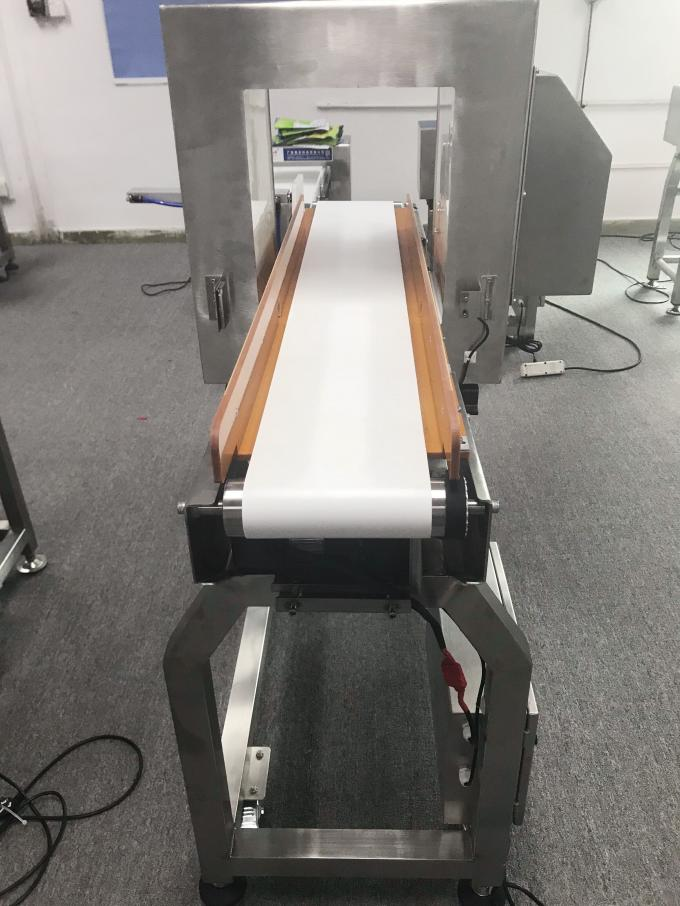 Touch Screen Conveyor Metal Detector Equipment For Intelligent Package / Bulk Food