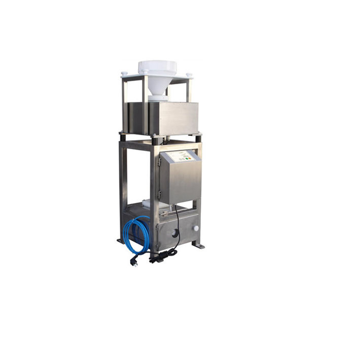 Gravity Free Fall Metal Separator Machines For Food / Plastic Industry